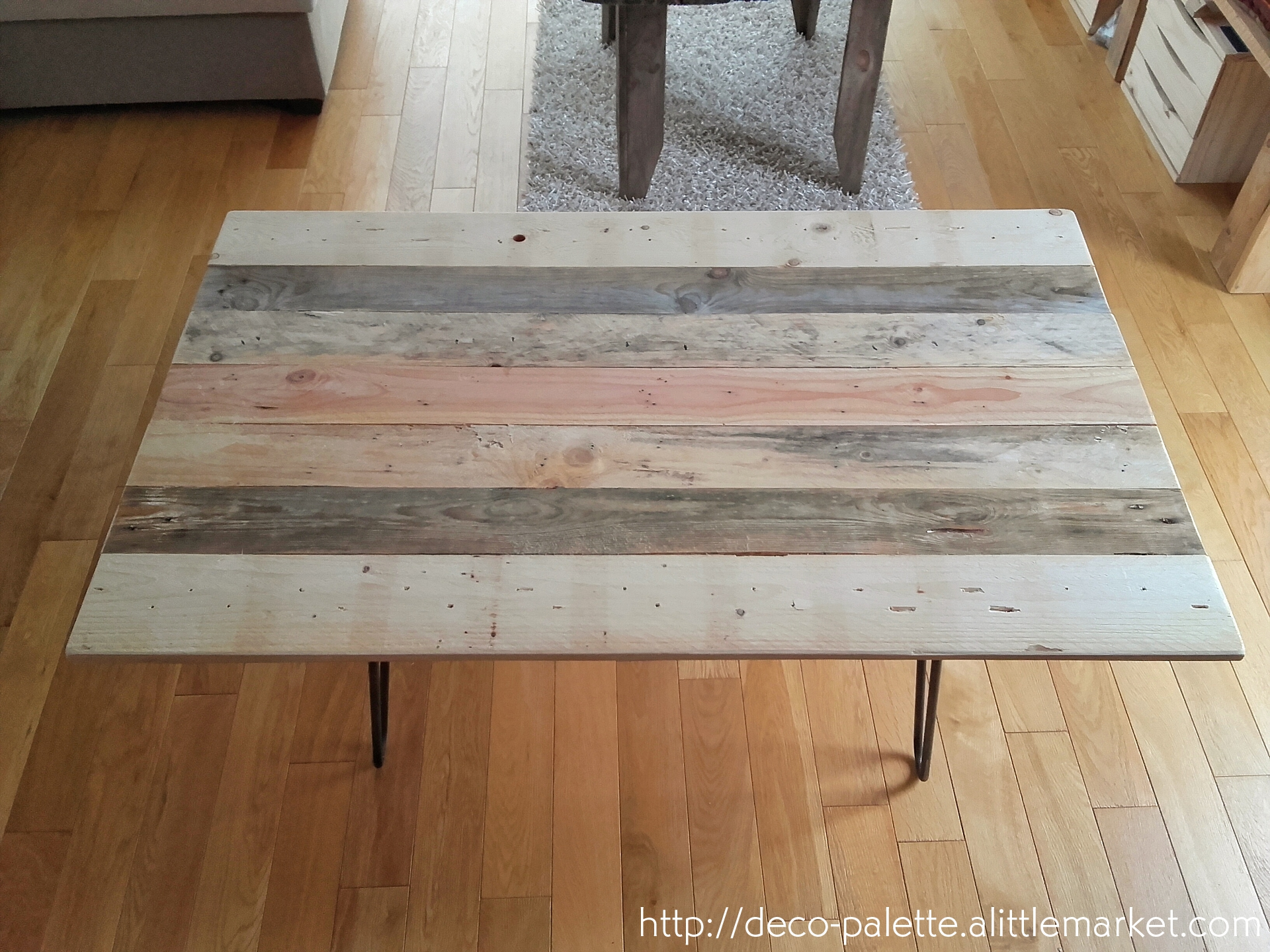 Palette transformee en table basse id es de design for Table basse palette